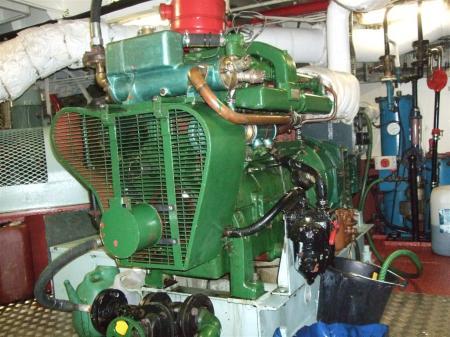 Port/aft number 1 generator