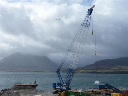 Crane and platform