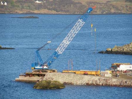 Kobelcco 185 ton crane
