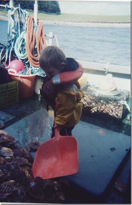 shovling clams