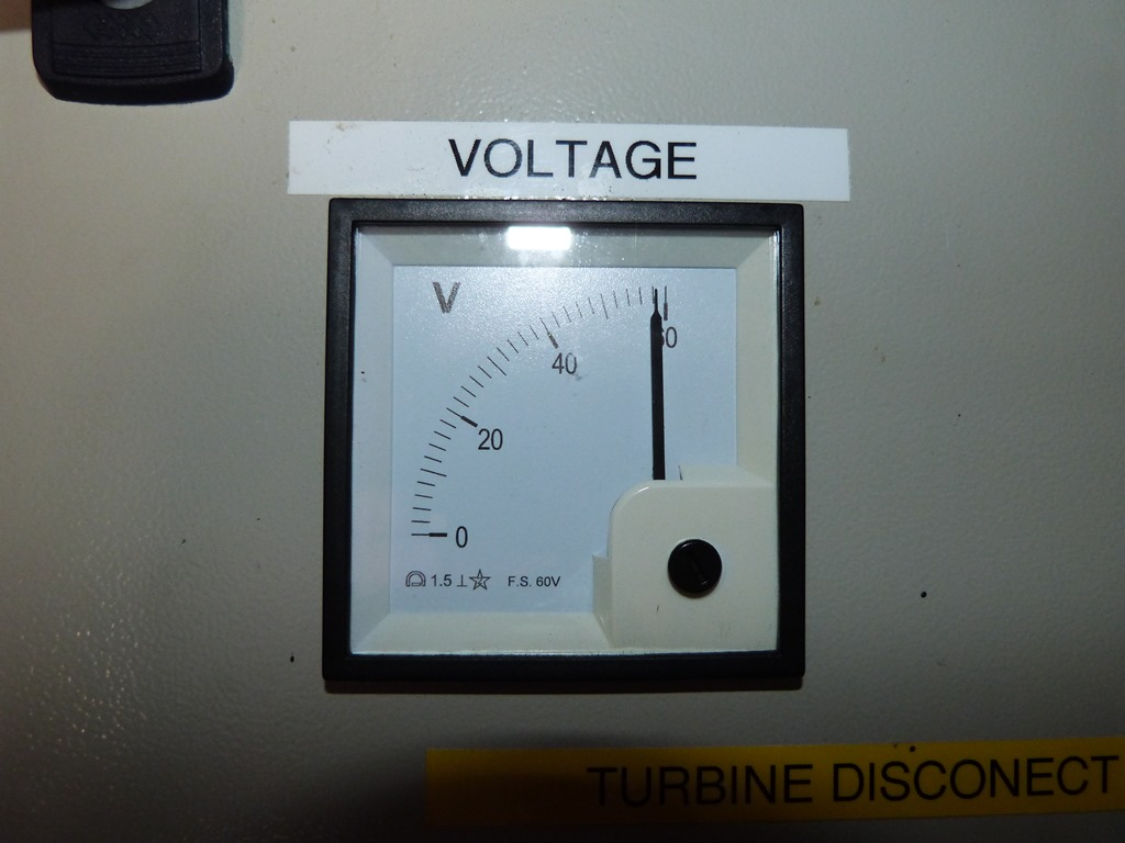 Raasay Fish Farm Life At The End Of Road Triacreed Ac Switch Circuit Diagram Tradeoficcom I Refrained From Doing My Own Battery Bank As Wind Was Too Strong Proven Consistently Hitting 40amps And Solar 17amps Which 58v Is